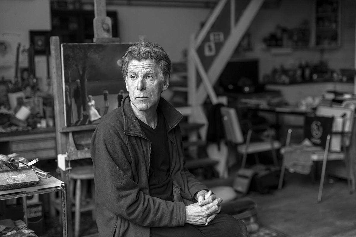 Jos Huikeshoven in zijn atelierwoning in Amsterdam